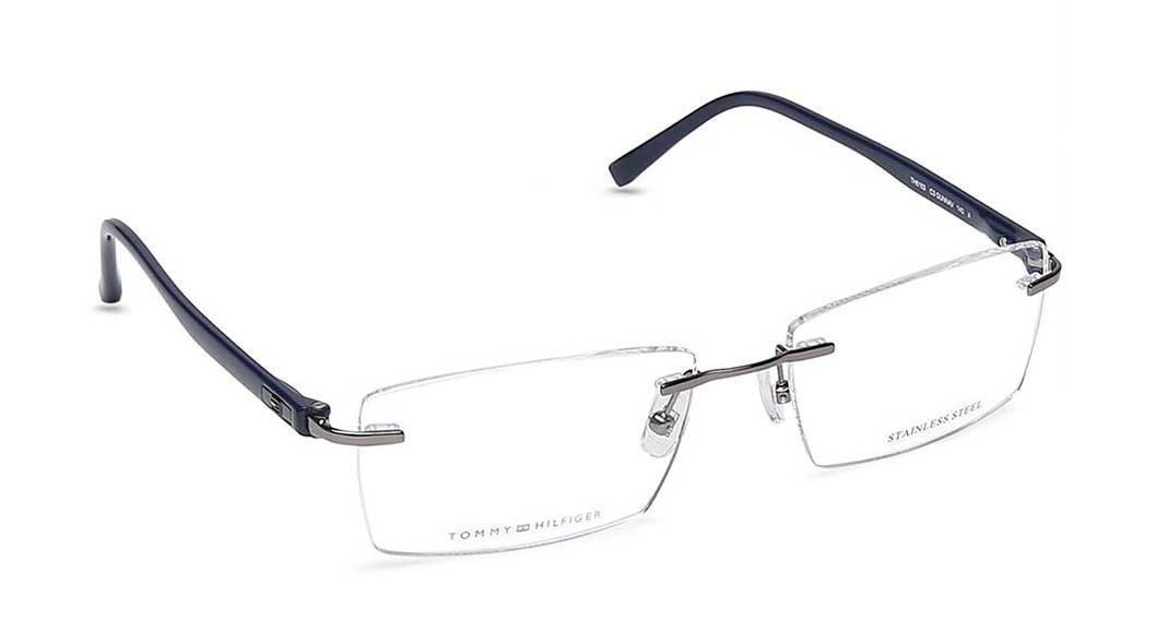 Rocking Rimless Glasses