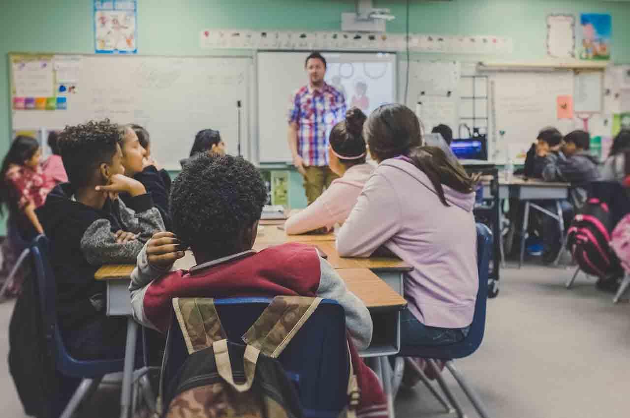 teach english for academic purposes