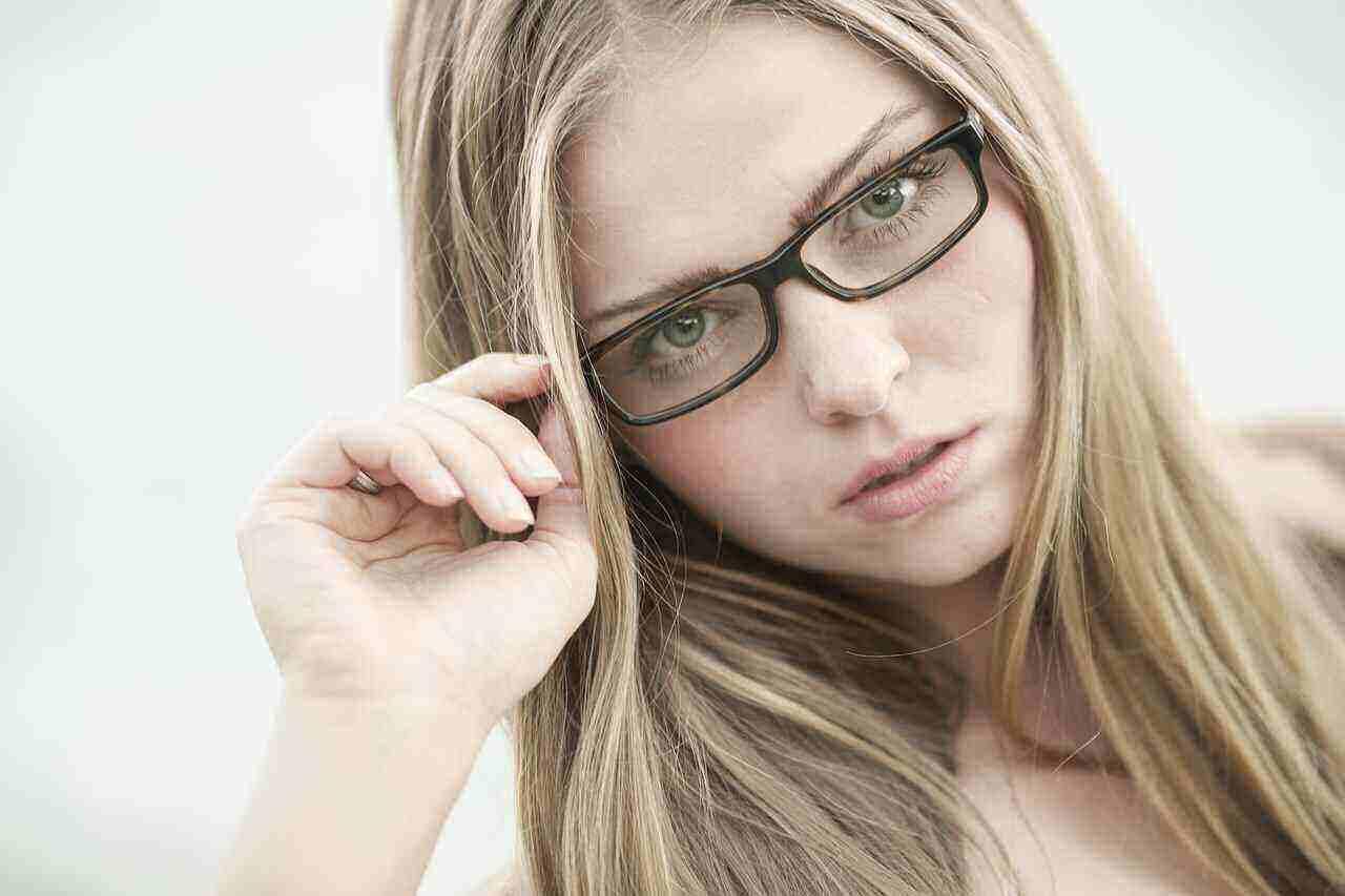 Chic Design of Eyewear