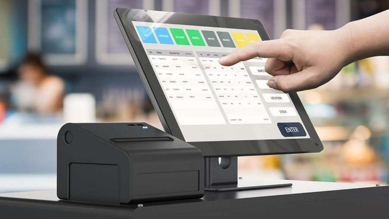 How to Manage Your Restaurant Cash Register / 1