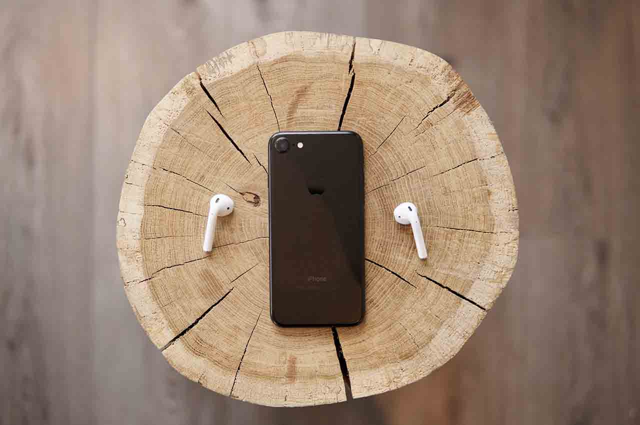 wireless iphone headphone