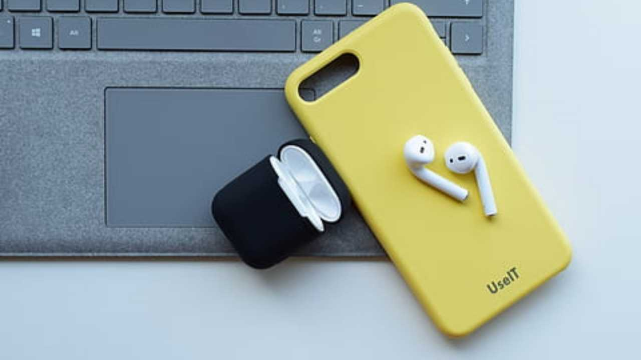 connect AirPods to computer